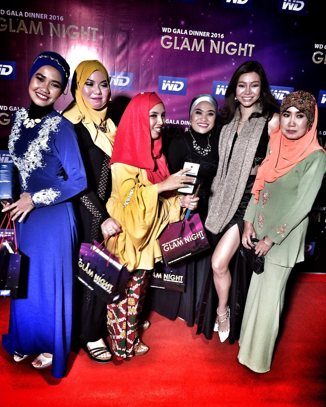 WD Glam Night